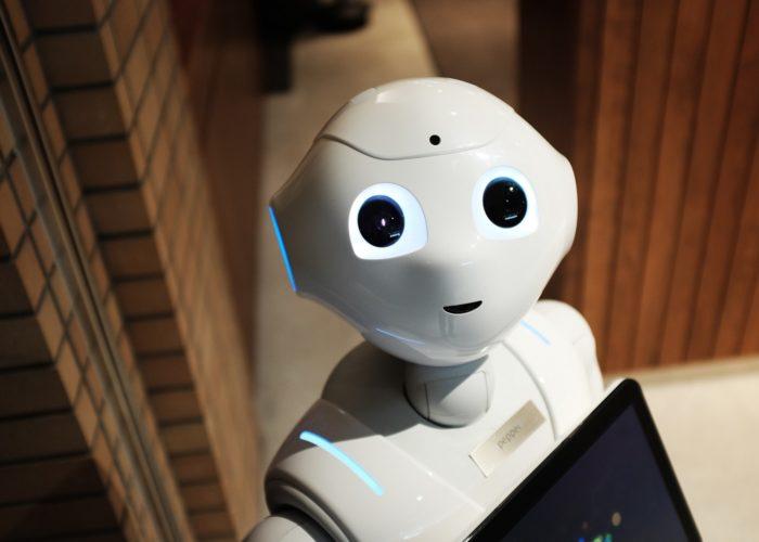 Menschen, Maschinen und Menschen-Maschinen