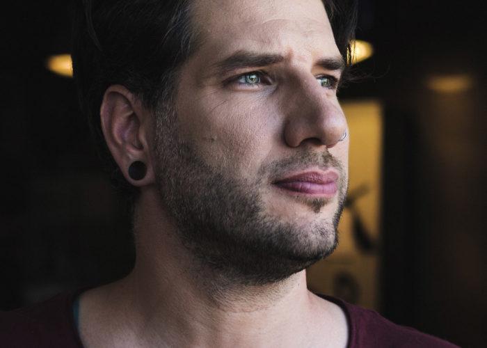 Sich ausprobieren und auf das Bauchgefühl hören. Ein Gespräch mit dem Videokünstler Daniel Bandke.